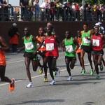 Afrikanische Läufer beim Hamburg Marathon 2011