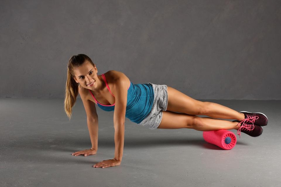 RelaxRoll Faszienrolle Übung Schienbeinmuskulatur