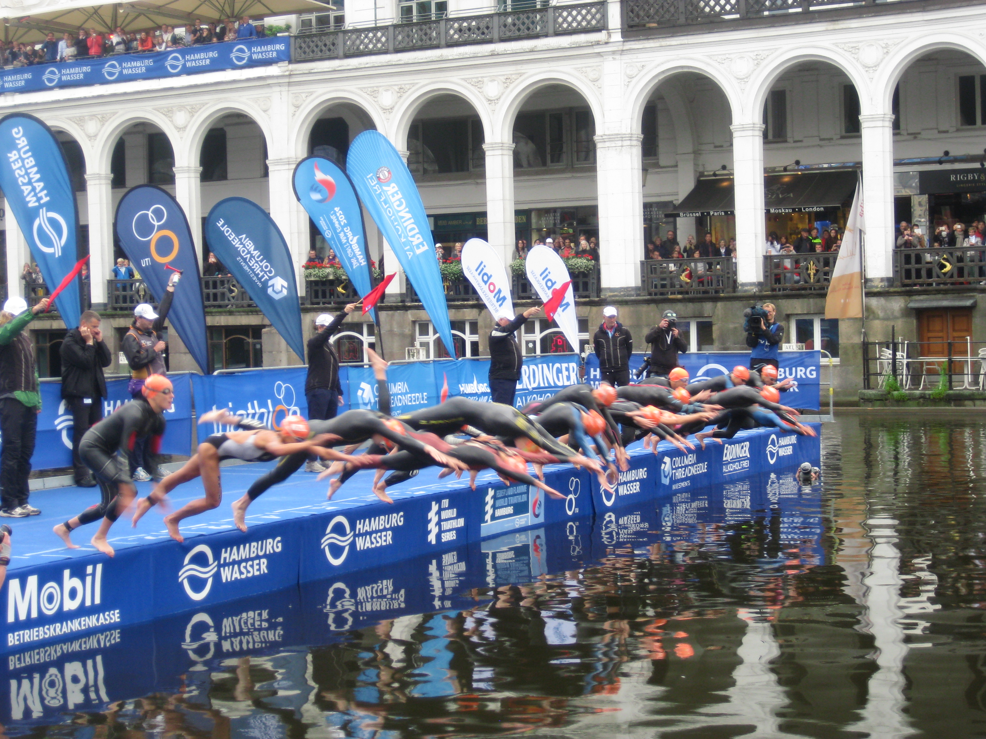 ITU World Triathlon Hamburg 2015 Start Team Deutschland