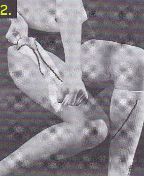sportkompressionsstruempfe-anziehen-schritt-2