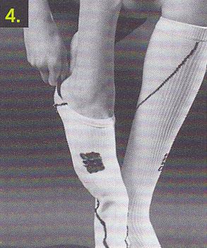 sportkompressionsstruempfe-anziehen-schritt-4