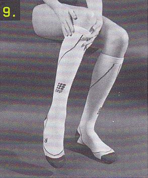 sportkompressionsstruempfe-anziehen-schritt-9
